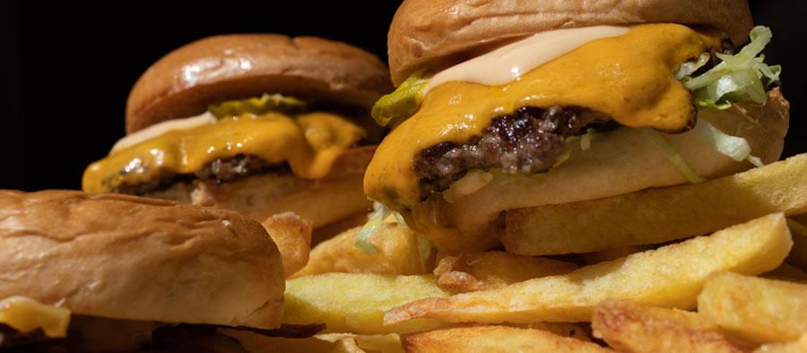 Dark Burger Cuenca Ecuador